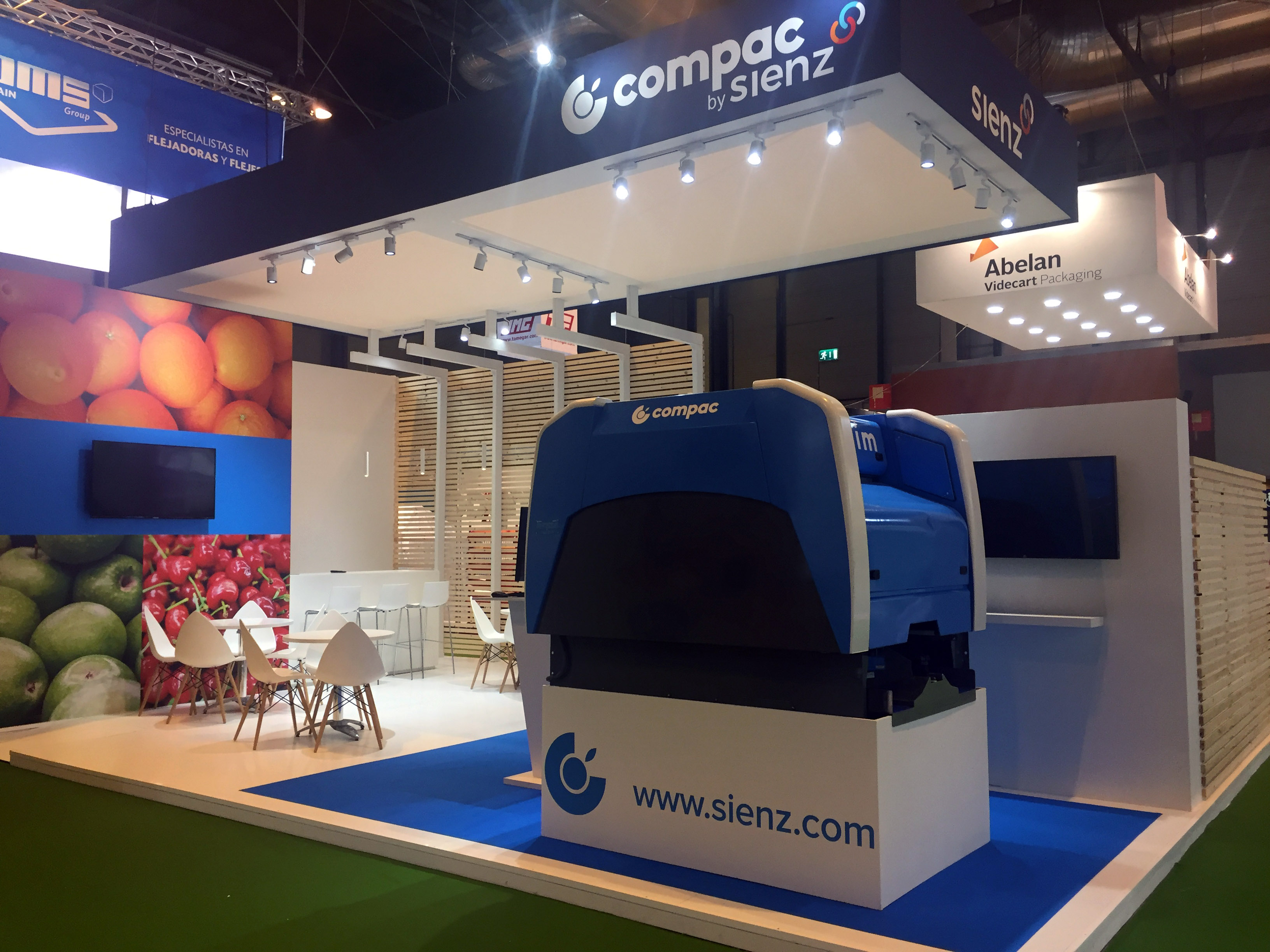 COMPACT FRUIT ATTRACTION 2017